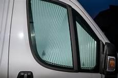 fenster im wohnmobil vorgeh 228 ngte fenster rahmenfenster