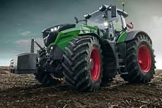 traktor fendt 1050 vario mit 500 ps fahrbericht autobild de