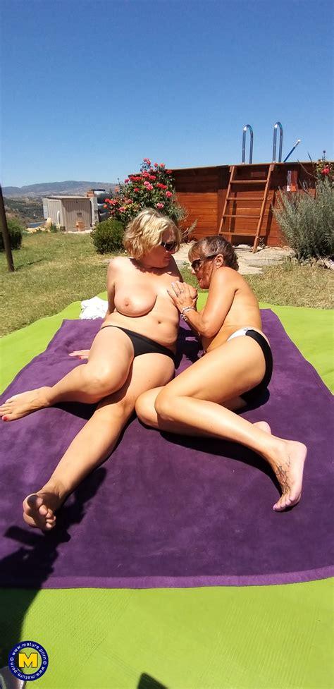 Lesbian Holidays