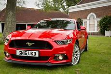 Ford Mustang V8 - ford mustang 5 0 v8 gt review