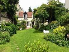 maison de jardin cottage with garden a gem walking from the