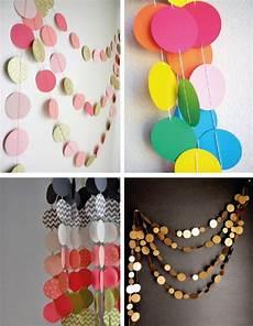 como hacer circulos en cartulinas colorida guirnalda realizada con cartulina decorar