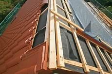 Was Kostet Eine Dacheindeckung - kosten einer dacheindeckung so k 246 nnen sie sie kalkulieren