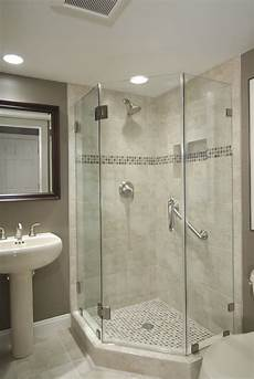 Small Bathroom Ideas With Corner Shower by The 25 Best Corner Bath Shower Ideas On