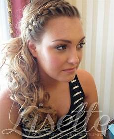 perfect side ponytail with braid for wedding bride