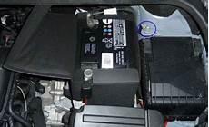 Batterie Ausbauen Vw Golf 6
