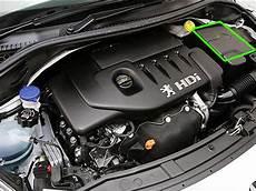 batterie 207 hdi batterie 206 hdi batterie 206 hdi moteur de 206 2l hdi 90cv zoom sur la batterie moteur blue206