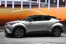 Quel Toyota C Hr Choisir Dimensions Finitions