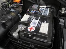 q3 batterie lautes motorger 228 usch bei bestimmten