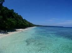 turisti per caso indonesia indonesia kalimantan spiaggia di kakaban viaggi