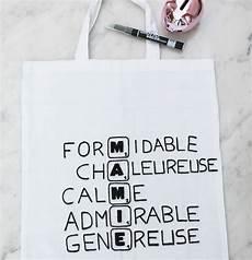 cadeau anniversaire mamie a fabriquer 89456 un tote bag scrabble pour la plus gentille des mamies cadeau f 234 te des m 232 res cadeau mamie et