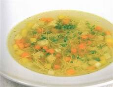 hühnersuppe selber machen suppen rezepte mit huhn