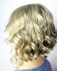 21 short wavy hairstyles trending in 2020