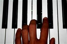 apprendre piano seul les pi 232 ges 224 233 viter pour apprendre le piano seul