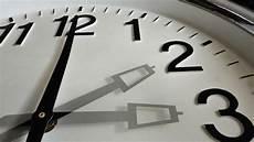Zeitumstellung M 228 Rz 2019 Wann Wird Die Uhr Auf Sommerzeit