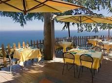 residence il gabbiano varigotti alberghi e residence sito turistico ufficiale comune