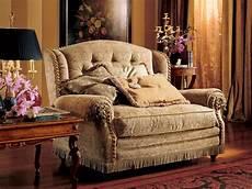 divanetti classici divanetto a due posti stile classico di lusso idfdesign