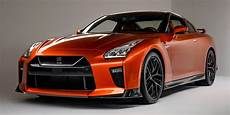 nissan gtr 2017 2017 nissan gt r an aging godzilla gets a new nose and 565 hp