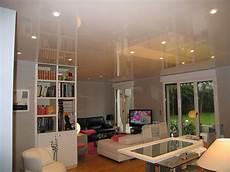 plafond toile tendue prix le plafond tendu tout savoir sur le faux plafond tendu
