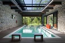 piscine interieur exterieur combien co 251 te une piscine int 233 rieure devibat