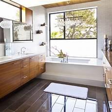 Bad Fenster Sichtschutz - 7 different bathroom window treatments you might not