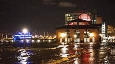 Hamburg Wetter Aktuell - wetter polizei quot rettet quot autos vor sturmflut in blankenese