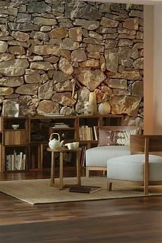 steinwand im wohnbereich mit rauoptik steinwand