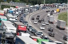 Stau Richtung München - stuttgart stau nach unfall auf a8 in richtung m 252 nchen