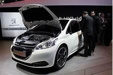 consommation peugeot 208 peugeot 208 peugeot 208 hybrid fe une consommation