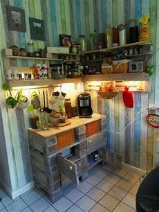 küche selber bauen aus europaletten ideas for recycled pallet shelves for your kitchen