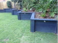 beton gartenmauer streichen painted retaining wall landscaping retaining walls wood