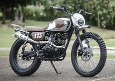 Kawasaki W175 Modif Tracker by Modifikasi Kawasaki W175 Cafe Racer Scrambler Tracker