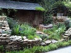 gartengestaltung mit bruchsteinen make wall in the garden creative exterior