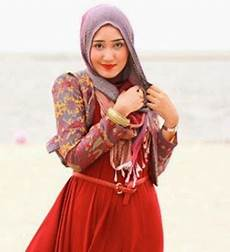 5 Model Jilbab Terbaru 2015 Ala Dian Pelangi Dan Zaskia
