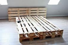 bett selber bauen paletten die besten 25 bett selber bauen ideen auf bett bauen schlafzimmerserien und diy bett