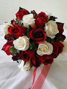 photo via wedding ideas in 2019 red wedding flowers
