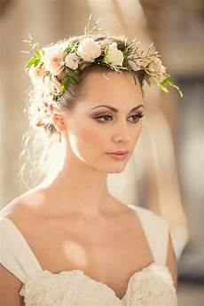 Hair Flower Wedding tips and ideas for wearing fresh flowers in your hair for