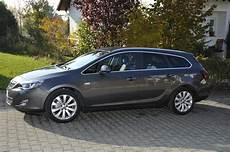 2011 Opel Astra J Sports Tourer Pictures Information