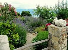 Mediterrane Gartengestaltung Winterhart 25 Beispiele