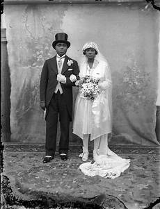 24 charming black and white photos of american weddings in the past vintage everyday