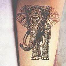 tatouages g 233 om 233 triques id 233 e ou tendance qui va s