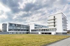 walter gropius designed school in dessau to reflect the