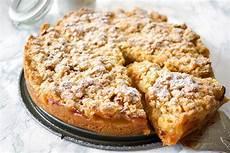 Apfelblechkuchen Mit Streusel - omas apfelkuchen mit streusel apfelkr 252 mel backrezepte