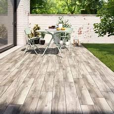 carrelage pour terrasse extérieure pas cher carrelage imitation bois exterieur pas cher atwebster fr