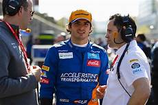 carlos sainz jr used to be quot puzzled quot by mclaren formula 1