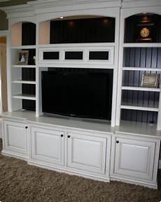 mensole classiche pareti attrezzate bianche ispirazione per la casa