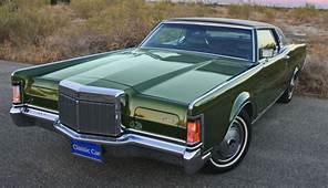 Mark Of Distinction – 1971 Lincoln Continental