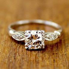 small and simple very beautiful vintage ring dream ring vintage weddings wedding ideas