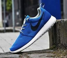 nike roshe run photo blue black white kicks