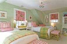 Bedroom Ideas Green And Pink by 25 Chic And Serene Green Bedroom Ideas